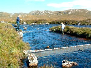 Measuring an electro-fishing site in the Little Gruinard River SAC
